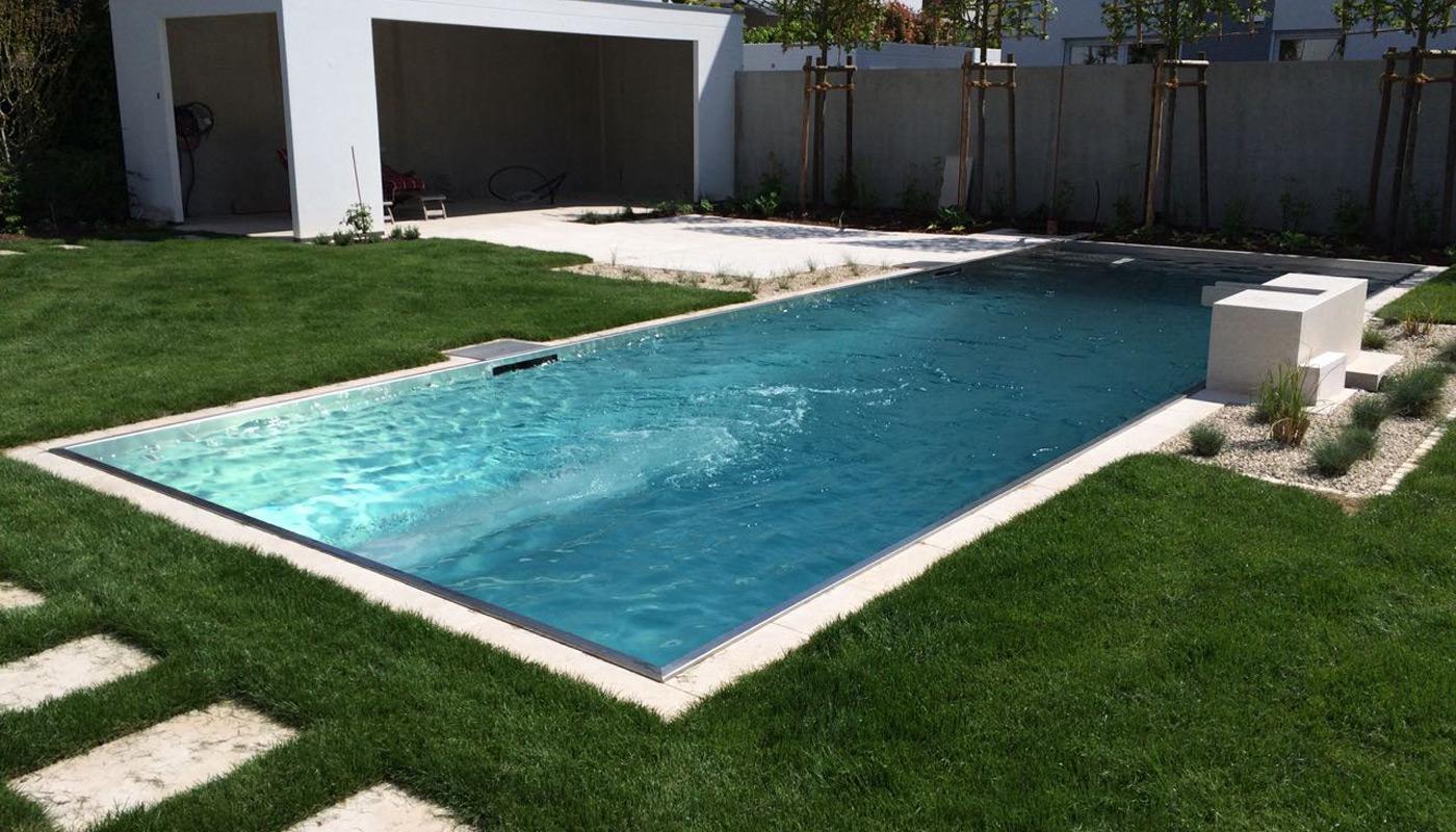 hochwertige pools aus edelstahl von. Black Bedroom Furniture Sets. Home Design Ideas